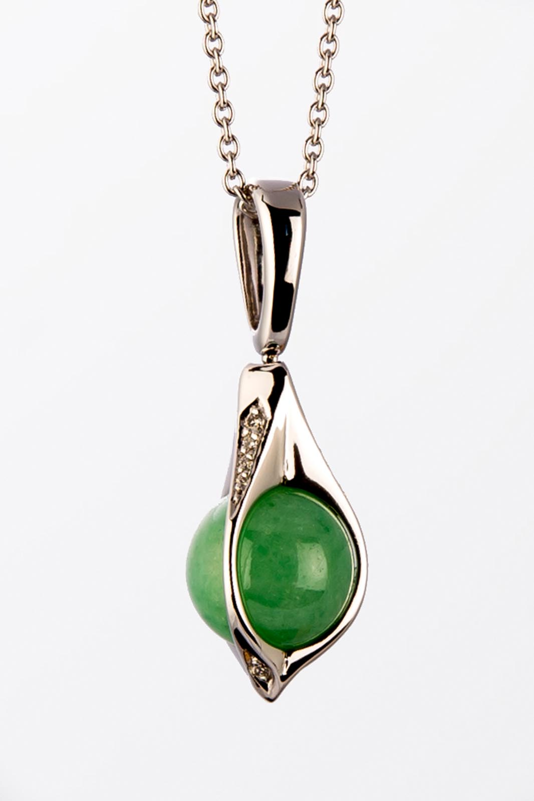 pendentif-or-blanc-boule-jade-diamants-graine-de-jade